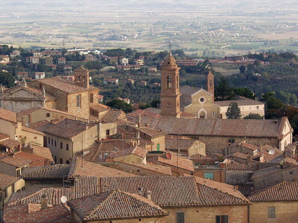 Bezoek De Sets En Doe De Twilight Tour Van Montepulciano