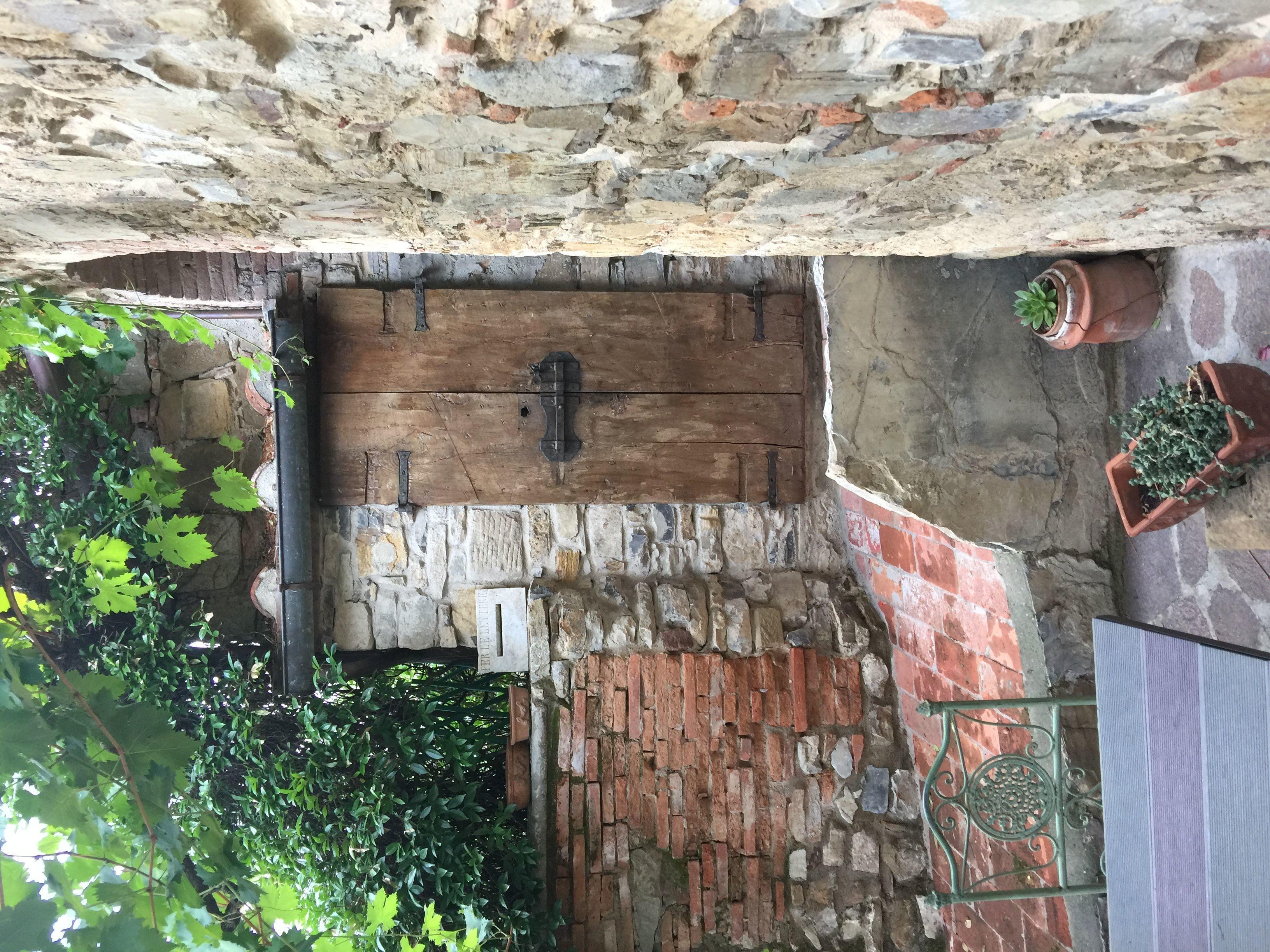 Villa fracassini 6 slaapplaatsen in 3 slaapkamers pergine valdarno toscane itali - Kubieke villa ...