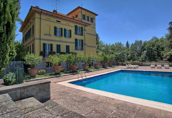 Vakantiewoningen met 7 Slaapkamers te huur in Toscane, Italie ...