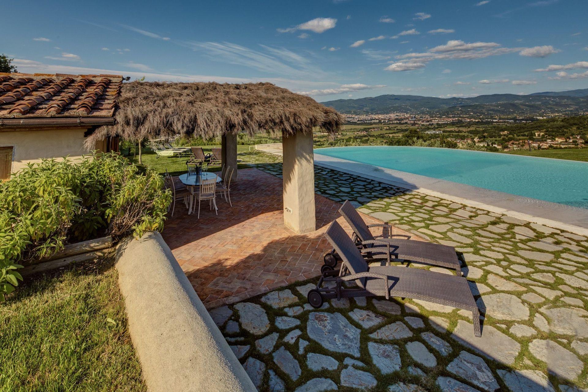Kleurrijke Deense Villa : Villa agazzi slaapplaatsen in slaapkamers arezzo toscane